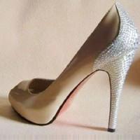 Christian Loubutin Gelin Ayakkabısı Modelleri 200x200 Yeni Sezon Christian Louboutin Taşlı Gelin Ayakkabısı Modelleri