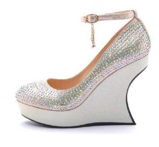 Dolgu Topuklu Gelin Ayakkabısı Modelleri